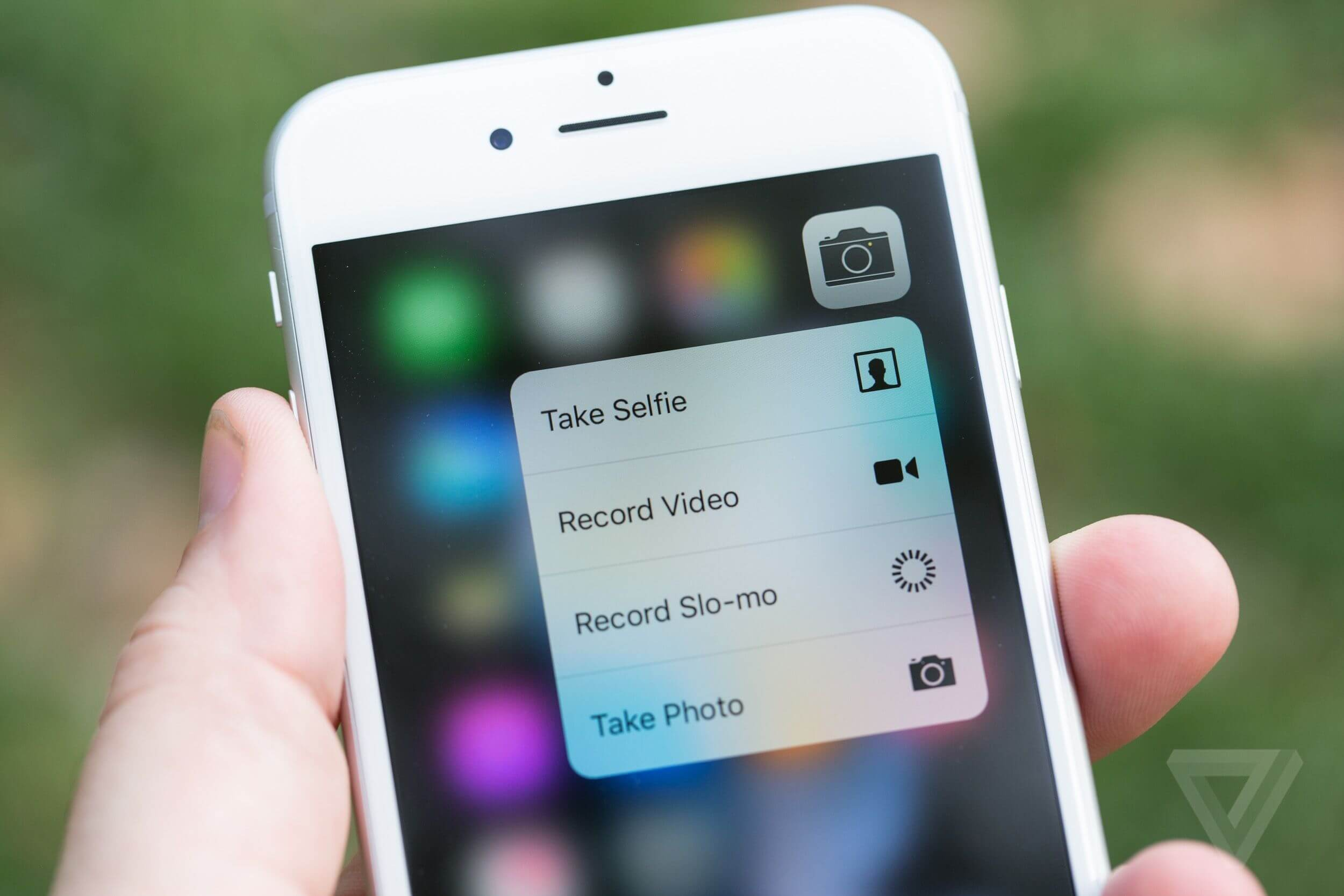 3D Touch in action on iPhone 6s